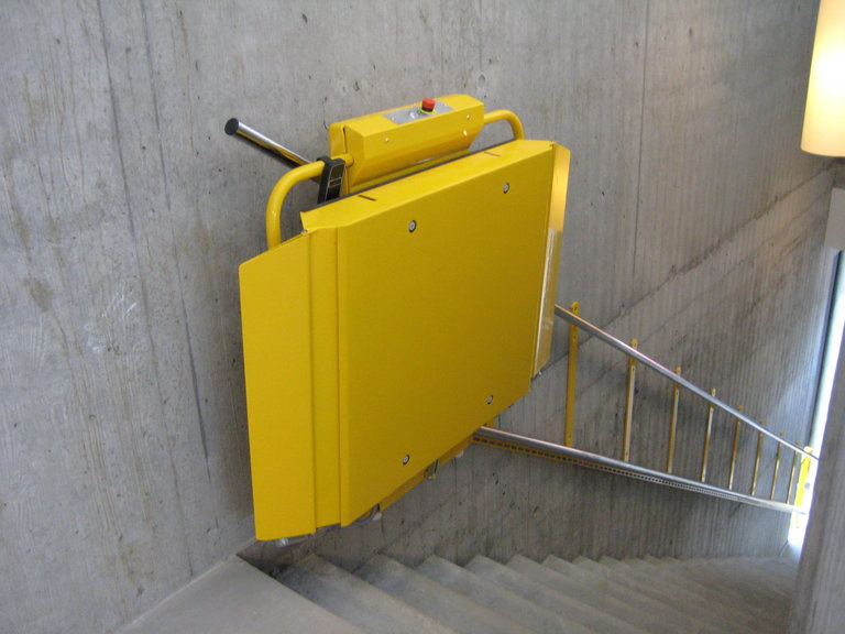 lift of stairs wheelchair