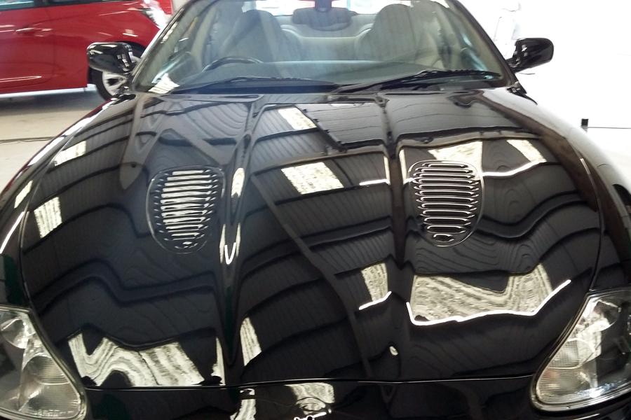 Modern Car Auto Body Repairs